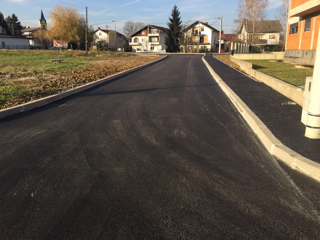 vm-gradnja-cesta-jezerska-003